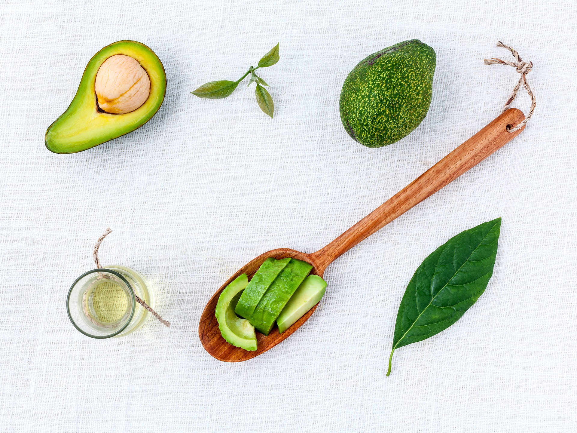 olio di avocado proprietà cosmetiche