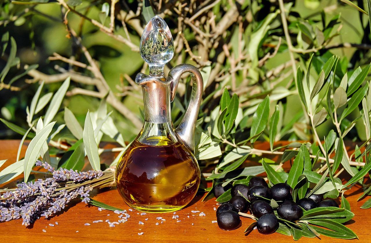 olio di oliva in cosmesi
